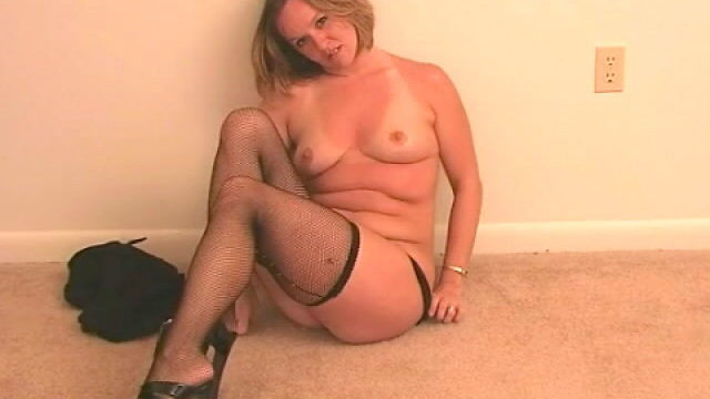 Very Good Blonde Spouse Tessa Stripping Black Lingeria And Teasing Us Along With Her Stockings