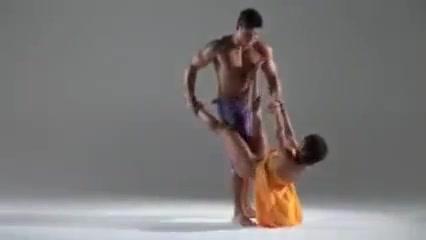 Dancing Yoga Hookup