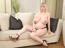 Pregnant Slit