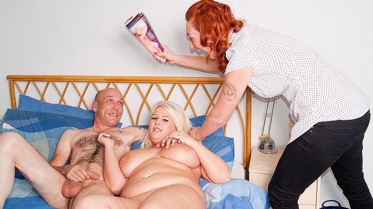 Ginormous Platinum-blonde Does Draining Dude