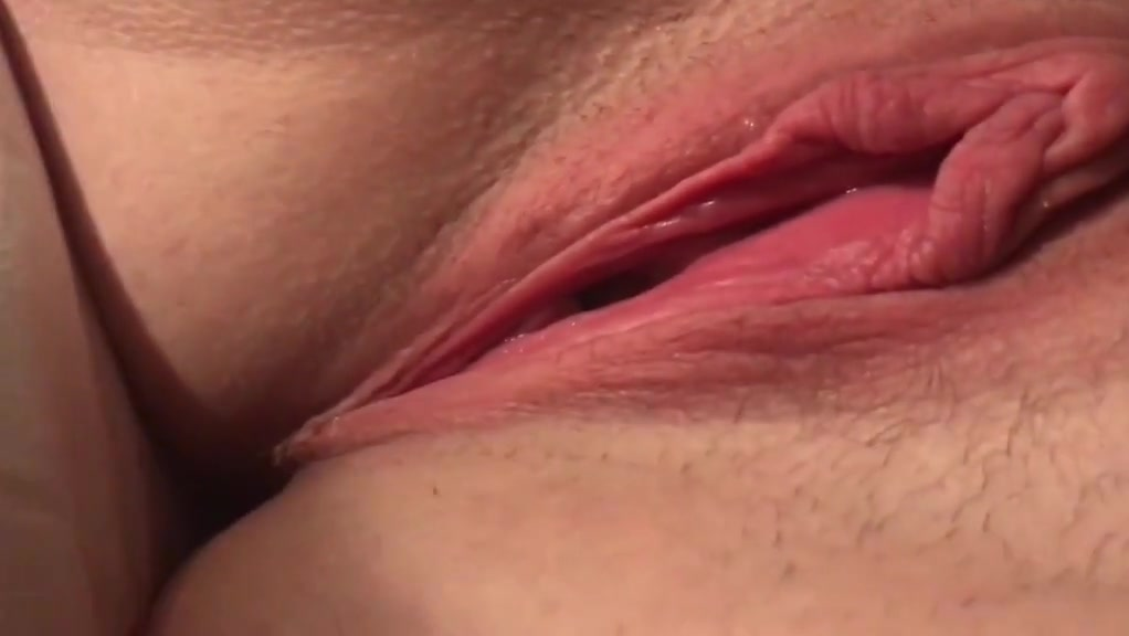My Wifey Groping Pinkish Cootchie To Gorgeous Climax