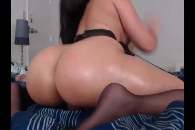 Romp Bomb Dark Haired In Stocking Wank Assfuck Web Cam Flash