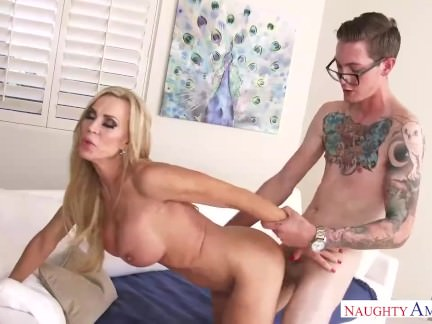 Super Hot Step Mummy Amber Lynn Enjoys My Youthfull Dick