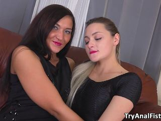 Attempt Ass Fucking Going Knuckle Deep – 2 Fabulous Honies Love Deep Ass-fuck Handballing